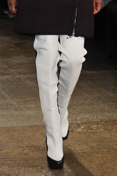 Ohne Titel at New York Fall 2014 (Details)