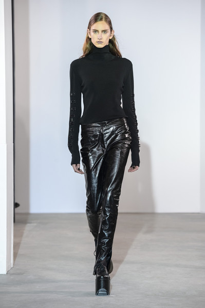 Olivier Theyskens at Paris Fall 2018
