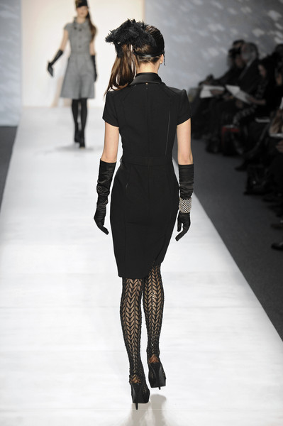 Pamella Roland at New York Fall 2010