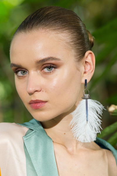 Paule Ka at Paris Spring 2017 (Details) [hair,face,hairstyle,eyebrow,lip,beauty,fashion,chin,skin,forehead,supermodel,hair,fashion,hair,hair m,hairstyle,paule ka,beauty,eyebrow,paris fashion week,hair m,fashion,long hair,supermodel,hair,beauty.m,02pd - circolo del partito democratico di milano]