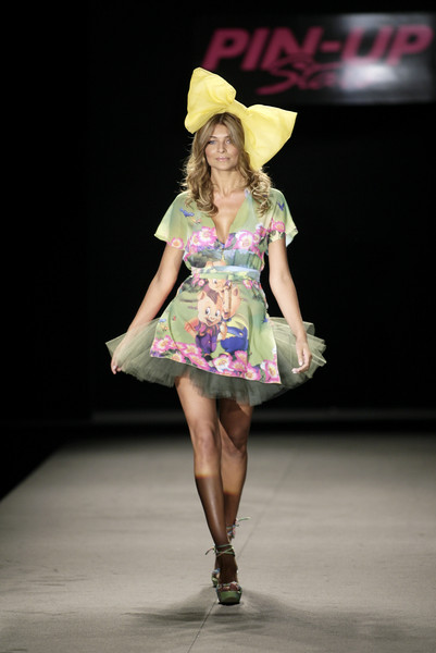 Pin Up Stars at Milan Spring 2007