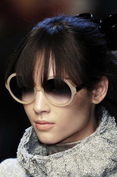 Pollini at Milan Fall 2006 (Details)