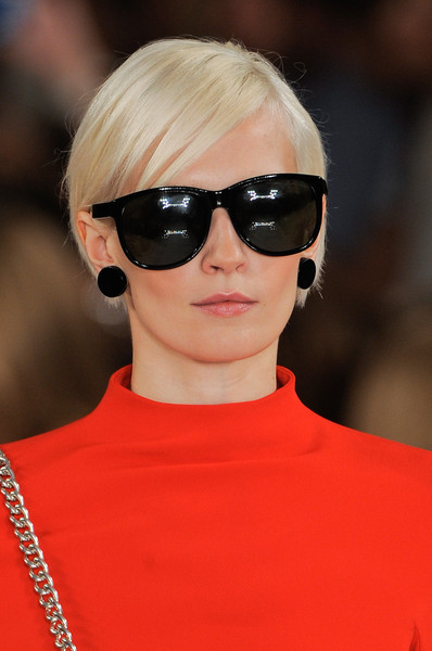 Ralph Lauren at New York Spring 2014 (Details) [eyewear,hair,sunglasses,face,glasses,hairstyle,cool,eyebrow,blond,lip,blond,sunglasses,ralph lauren,hair,brown hair,glasses,hairstyle,pixie cut,face,new york fashion week,blond,sunglasses,bangs,pixie cut,hair m,long hair,brown hair,layered hair,celebrity,glasses]
