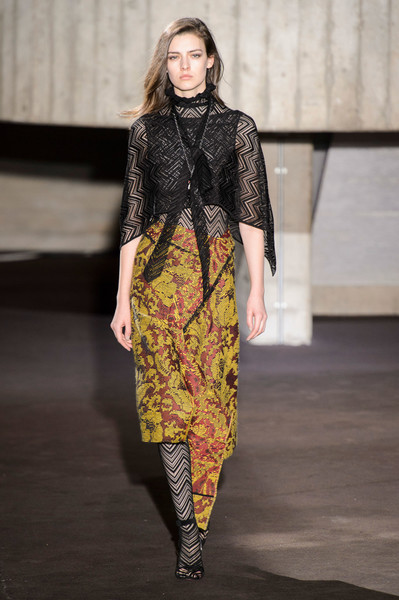 Roland Mouret at London Fall 2018