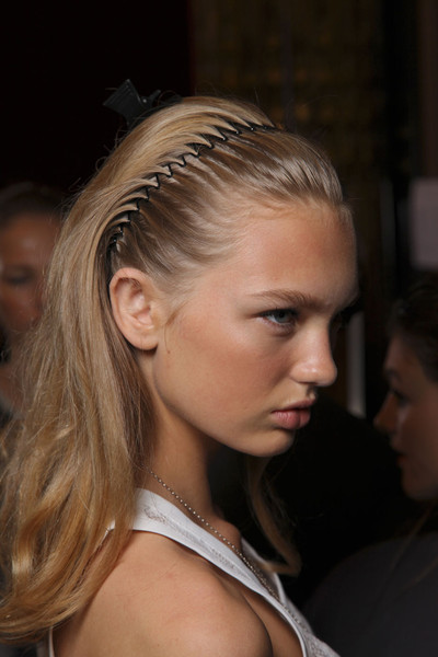 Roland Mouret at Paris Spring 2012 (Backstage)