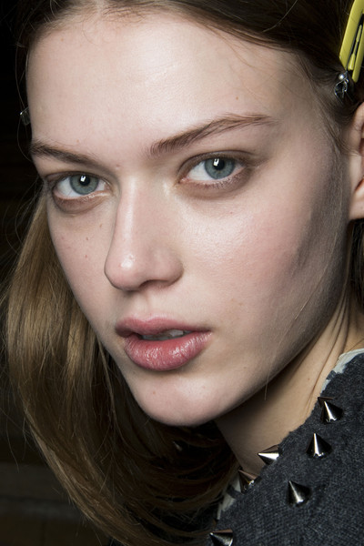 Sacai at Paris Fall 2013 (Backstage)