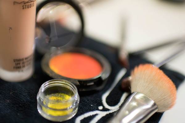 Schiaparelli at Couture Fall 2016 (Backstage) [autumn,eye shadow,brush,beauty,cosmetics,eye,material property,lipstick,eye liner,liquid,schiaparelli,art director,couture fall,seam,first-rate,product,eye shadow,material property,fashion show,fashion show,autumn,art director,orange s.a.,winter,seam,first-rate,product]