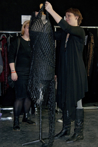 Sharon Wauchob at Paris Fall 2009 (Backstage)