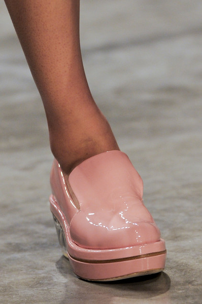 Simone Rocha at London Fall 2013 (Details)