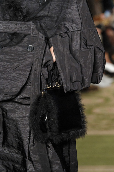 Simone Rocha at London Spring 2019 (Details) [fashion,fur,jacket,outerwear,haute couture,leather,outerwear,simone rocha,black m,fashion,model,haute couture,leather,fur,jacket,london fashion week,fashion,model,black m]