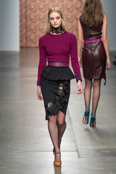 Sophie Theallet at New York Fall 2015 [fashion model,fashion show,fashion,runway,clothing,shoulder,waist,neck,public event,joint,sophie theallet,supermodel,fashion,runway,model,clothing,shoulder,waist,new york fashion week,fashion show,sophie theallet,fashion show,runway,fashion,new york fashion week,model,supermodel,ready-to-wear]