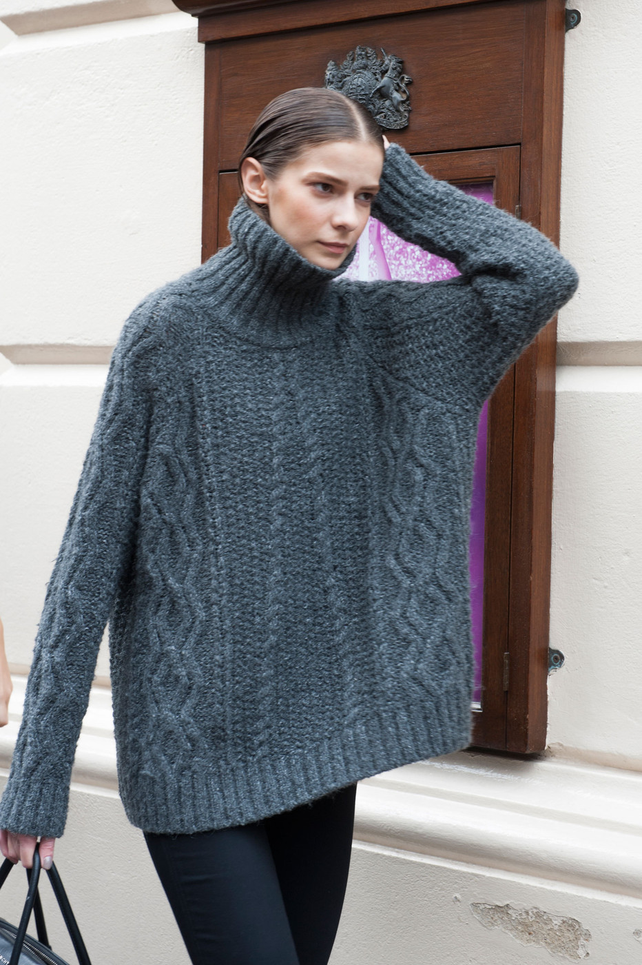 Cozy Coolness Best Street Style At London Fashion Week