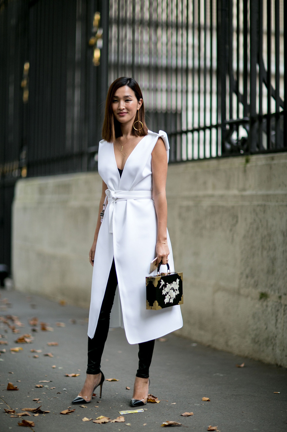 Sleeveless The Best Street Style At Paris Fashion Week Spring 2016 Livingly