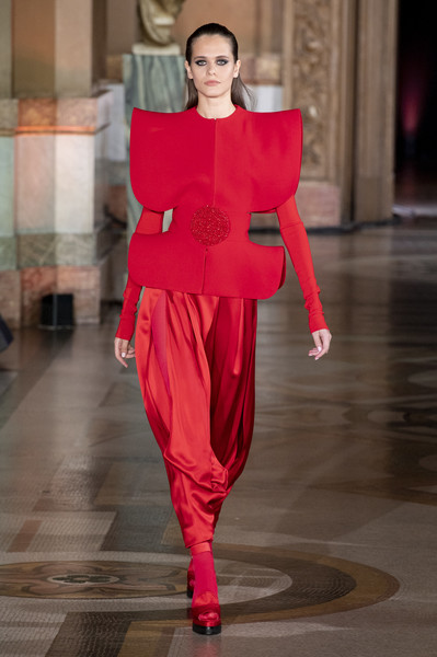 Stéphane Rolland at Couture Fall 2019 [autumn,fashion model,fashion,fashion show,runway,clothing,haute couture,red,pink,event,magenta,stephane rolland,fashion designer,adeline andr\u00e9,couture fall,haute couture,fashion,runway,clothing,fashion show,adeline andr\u00e9,haute couture,fashion,fashion show,autumn,runway,ready-to-wear,chanel,fashion designer]