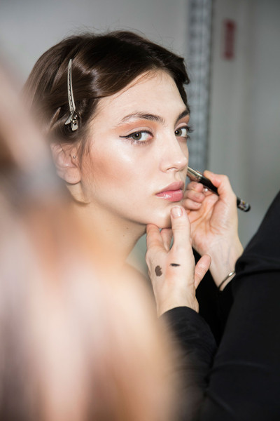 Stéphane Rolland at Couture Spring 2016 (Backstage) [image,hair,face,eyebrow,lip,beauty,skin,hairstyle,chin,nose,eye,socialite,beauty,fashion,haute couture,photo shoot,runway,entertainment,couture spring 2016,wedding,fashion,livingly,socialite,haute couture,beauty,photo shoot,runway,image,wedding,entertainment]