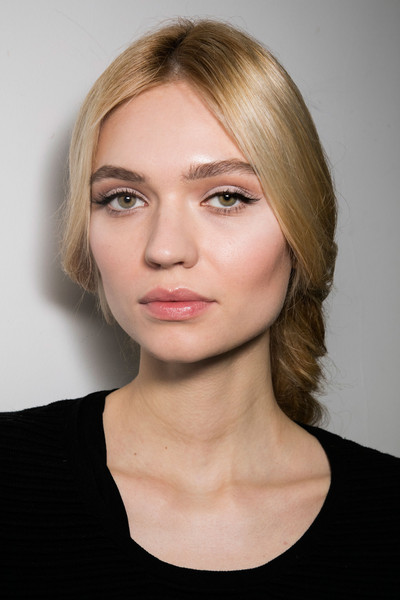 Stéphane Rolland at Couture Spring 2016 (Backstage) [photograph,image,portrait,hair,face,eyebrow,hairstyle,blond,chin,lip,cheek,beauty,head,stephane rolland,photography,language,fashion,model,couture spring 2016,close-up,mika newton,photography,close-up,ukrainian language,image,photograph,fashion,model,portrait]