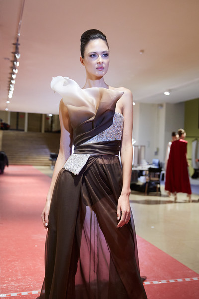 Stéphane Rolland at Couture Spring 2020 (Backstage) [fashion model,dress,clothing,shoulder,fashion,gown,beauty,haute couture,formal wear,skin,gown,supermodel,fashion,haute couture,beauty,model,fashion model,runway,couture spring 2020,fashion show,fashion show,fashion,haute couture,fashion week,runway,supermodel,model,beauty,gown,socialite]
