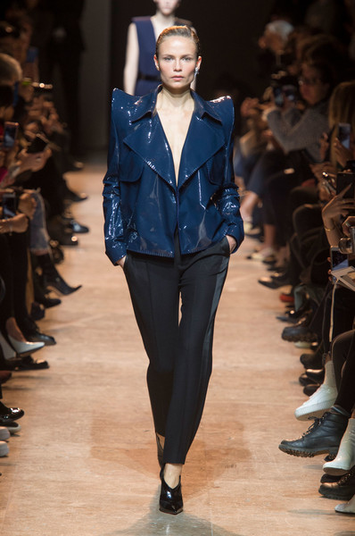 Thierry Mugler at Paris Fall 2017 [fashion model,fashion show,runway,fashion,clothing,electric blue,cobalt blue,public event,event,haute couture,thierry mugler,fashion designer,fashion,runway,blue,cobalt blue,clothing,paris fashion week,event,fashion show,thierry mugler,paris fashion week,fashion show,fashion,runway,fashion designer,yves saint laurent,ready-to-wear]