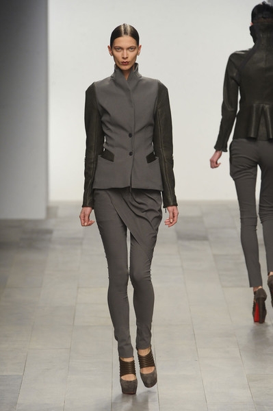 Todd Lynn at London Fall 2011