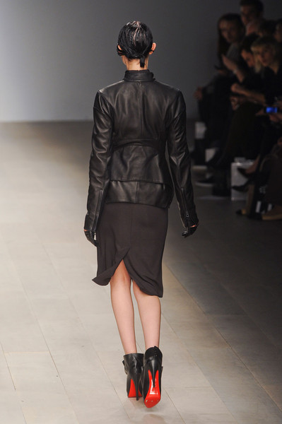 Todd Lynn at London Fall 2012