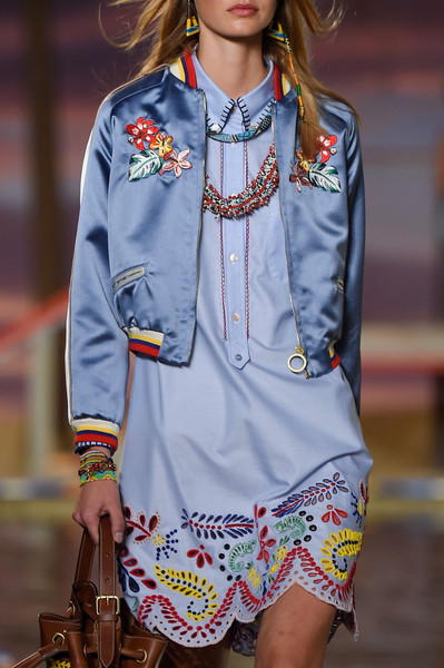 64408b73179f23 Tommy Hilfiger Spring 2016 Runway Pictures - Livingly