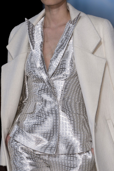 Valentin Yudashkin at Paris Fall 2013 (Details)