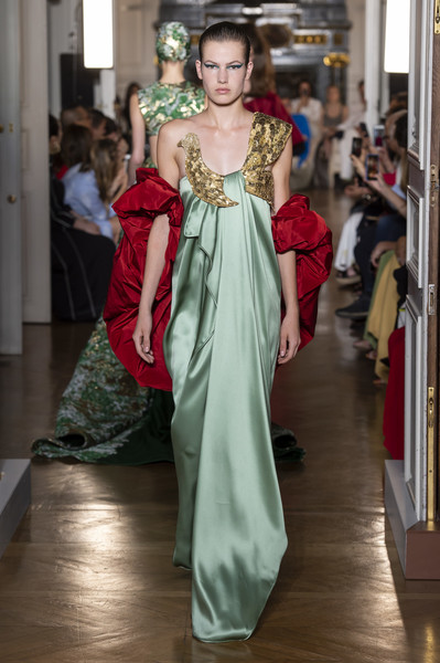 ce5d01efa6b Valentino at Couture Fall 2018 - Livingly