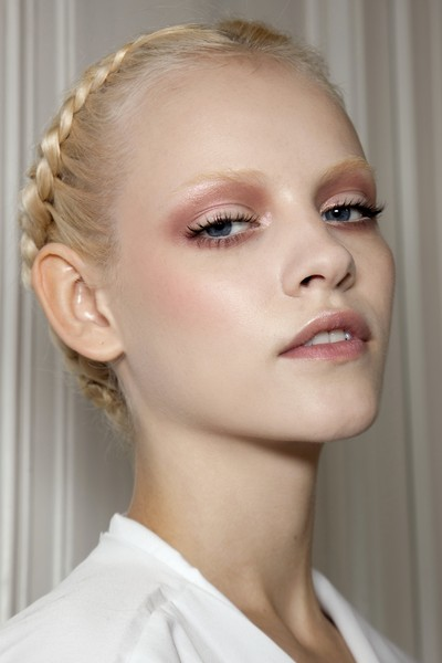 Valentino at Couture Spring 2011 (Backstage) [hair,face,eyebrow,skin,hairstyle,chin,beauty,fashion,lip,head,valentino,beauty,hair,fashion,makeup,runway,eye shadow,rouge,lip gloss,couture spring 2011,facial makeup,runway,lip gloss,lips,eye shadow,rouge,beauty,hair,fashion,giorgio armani ecstasy]