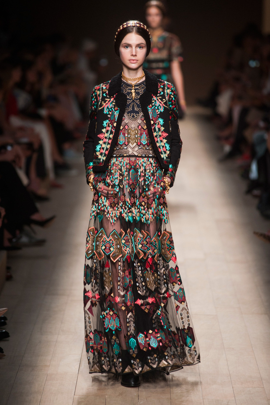 2014 Fashion Trends For Teens 2014 2015: Valentino At Paris Fashion Week Spring 2014