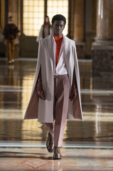 Valentino at Couture Spring 2021 [couture spring 2021,shoe,sleeve,runway,waist,street fashion,blazer,formal wear,performing arts,fashion model,entertainment,shoe,valentino,gentleman,runway,coat,fashion,fashion model,haute couture,fashion show,fashion show,coat,runway,haute couture,shoe,fashion,fashion model,gentleman,tuxedo m.,model m keyboard]