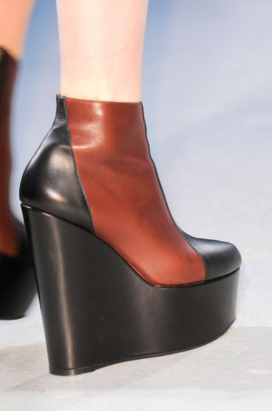Véronique Leroy at Paris Fall 2013 (Details)