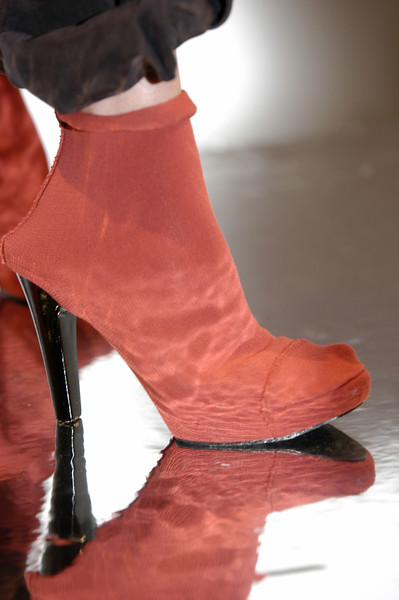 Véronique Leroy at Paris Spring 2004 (Details)