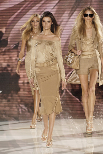 Versace at Milan Spring 2006