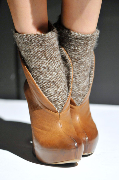 Vic Matie at Milan Fall 2012 (Details)