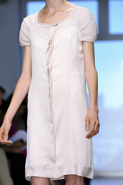 Vicente Villarin at New York Spring 2009 (Details)