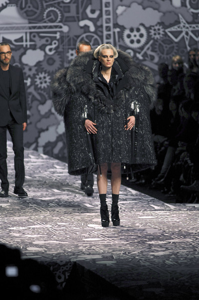 Viktor & Rolf at Paris Fall 2010