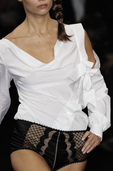Viktor & Rolf at Paris Spring 2006 (Details)