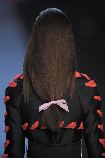 Viktor & Rolf at Paris Spring 2012 (Details)