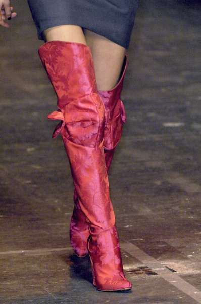 Vivienne Westwood Red Label at London Fall 2009 (Details)