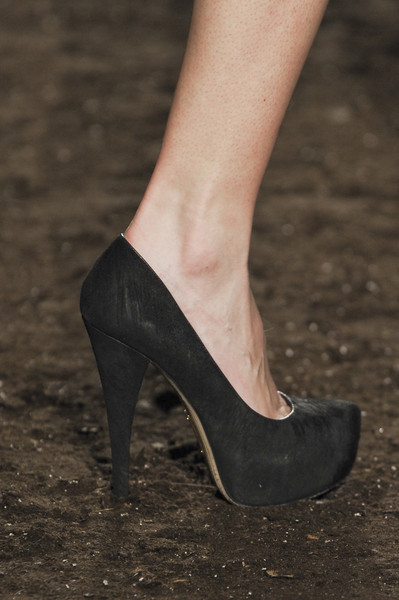 Vosovic at New York Spring 2011 (Details)