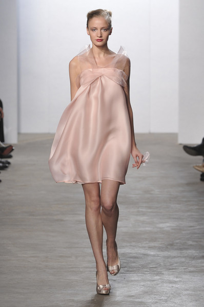 Yelana Smirnova at London Spring 2010