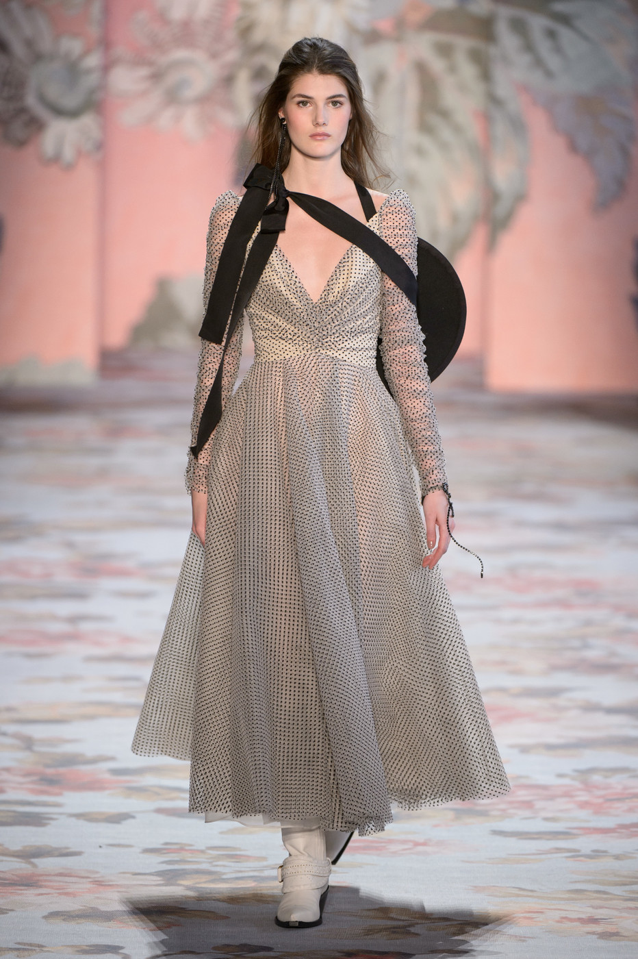 Zimmermann At New York Fashion Week Fall 2018 Every Must See Runway Dress At Nyfw Livingly