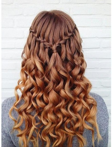 22 of the Prettiest Waterfall Braids on Pinterest