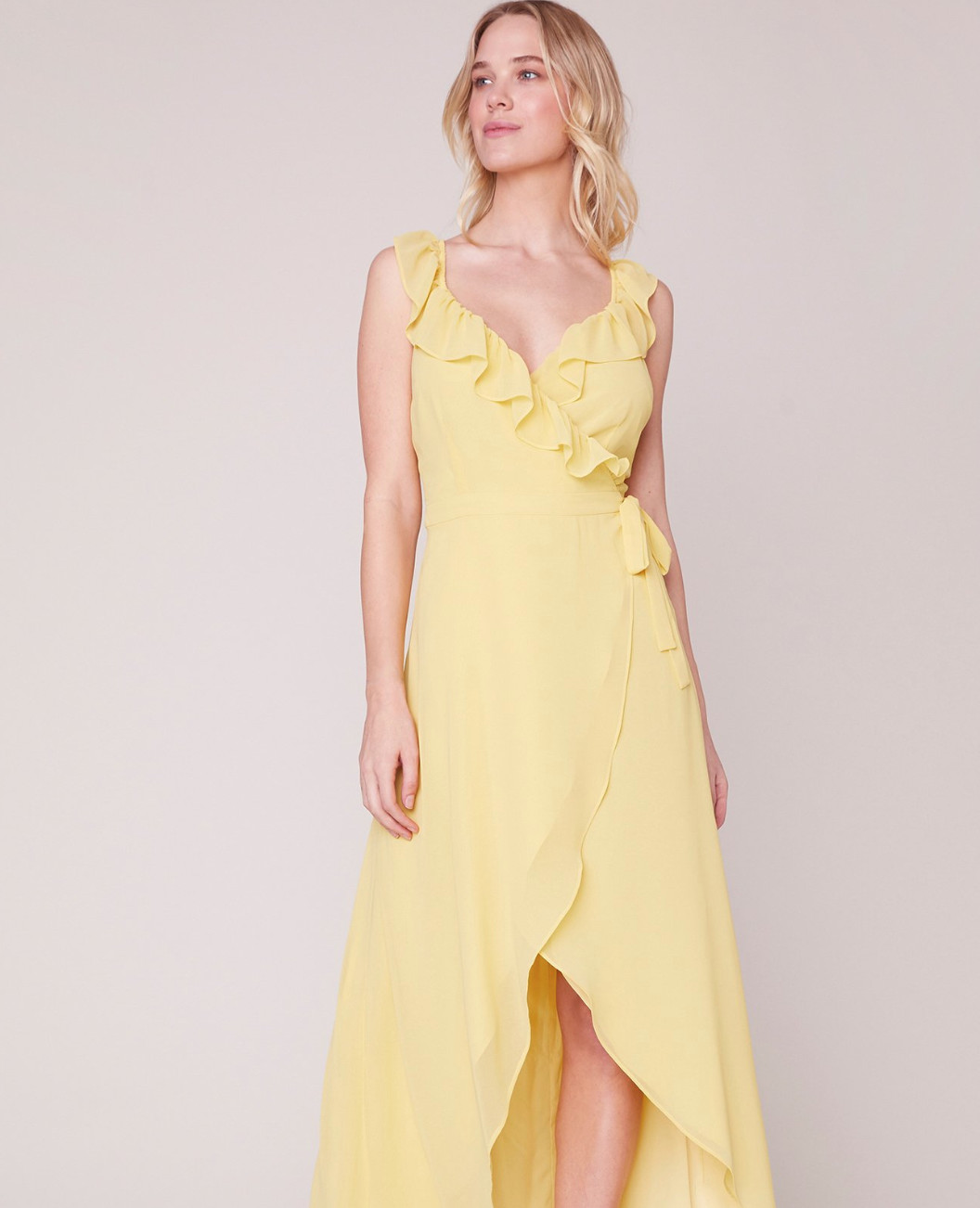 7a6fdfaf05c65 The Trendiest Prom Dresses Of 2019 - Fashion Guide - Livingly