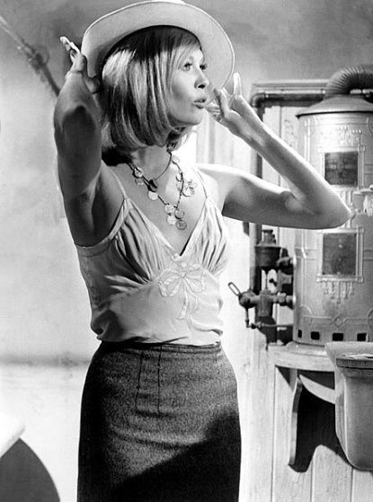 Faye Dunaway In Bonnie And Clyde 1967 Memorable Hair