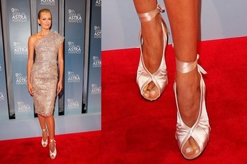 Sarah Murdoch Pirouettes in Tom Ford Heels