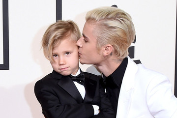 Justin Bieber is Upstaged at the Grammys by His 6-Year-Old Brother