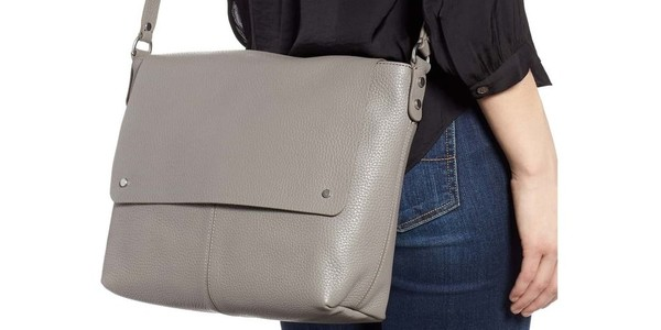 Women's Messenger Bags That Are Perfect For School And Work