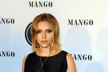 Scarlett Johansson Rocks a New Bob Haircut