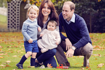 Will + Kate's Royal Family Christmas Picture is the Cutest Thing Ever